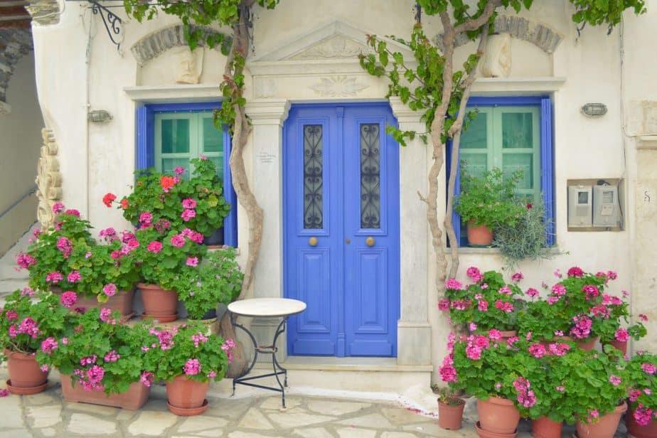 what is feng shui - front door