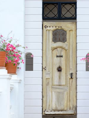 spruce up your entryway for good fortune